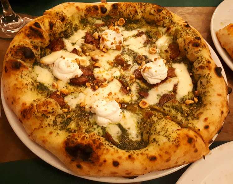 Pizza Castelpoto